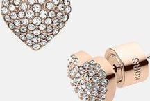 jewels / watches,neck pieces, bracelets ......
