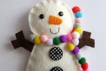 Natal / Idéias de decoração e moldes diversos / by Renata Pescantini