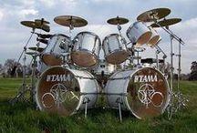 DRUM SETS / drums of all kinds