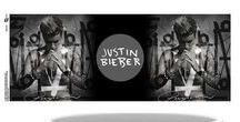 Justin Bieber / Koop de leukste officiële Justin Bieber merchandise online op Merchandisehouse.nl!