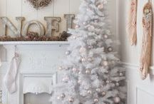 Christmas Decor, Entertaining and Recipes / Christmas Holiday Decorating Ideas, Entertaining Tips & Tricks, DIY Decor and Recipes / by Setting for Four