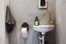 Bad og toalett