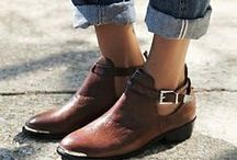 g r o u n d e d / the shoes on my feet, keep me grounded.