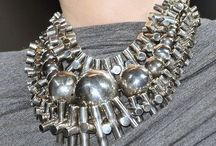 Statement Jewelry / Pieces that Pop / by Rebecca Cohn