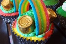 CUPCAKE TREASURES / Delicious looking cupcakes, & some ideas on how to's with cupcakes. / by CJ Manowski