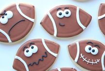 COOKIE NIBLERS / All kinds of edible cookies you can make yourself. / by CJ Manowski