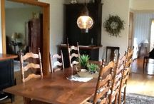 Homes / Primitive, colonial home decorating. My own and others!  / by Liz Browning