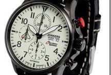 Beautiful watches / A selection of wristwatches priced over €1,000