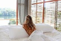 Suites & Villas / Bedrooms with uninterrupted lake views, private open-air plunge pool at Tri Lanka.