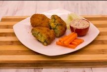 Sweet potato fritters / Sweet potato fritters recipe is a healthier option compared to the potato fritters. I like to serve sweet potato fritters with veggie sticks (Crudités) and Russian dressing. Both the accompaniments just enhance the taste of these fritters and of course make them wholesome healthy snack option which kids would love too.