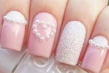Nail Art for Brides / Nail art for wedding occasion