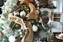 LIFESTYLE CHRISTMAS LIVING / It's a Beginning To Feel A Lot Like Christmas