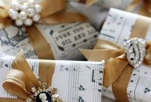LIFESTYLE GIFT WRAPPING / Let's Wrap It Up