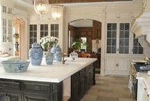 Dream Kitchens / The kitchens that we think would appeal to even the most distinguishing gourmet chef!