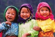Happy people from all over the world / Love is the same everywhere <3 Collection of stunning portraits.