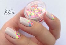 nails / by Liily Barrios