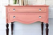 Painted Furniture Inspiration / Old, rescued furniture pieces need love. And usually new paint. It's all on you - these ideas will come in handy.