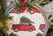 DIY Christmas Holiday Decor Ideas / Totally fun DIY Christmas decor ideas - done your way!