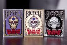 Dia de los Muertos / A deck of playing cards inspired by the art and traditions of Dia de los Muertos.