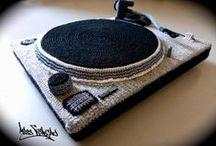 """""""Hip Hop Music"""" au crochet - MISS VENENO / HIP HOP MUSIC au crochet by Miss Veneno"""