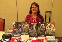 Sharon's Newsletters / Are you on my mailing list? Every month I do a giveaway and answer reader's questions, plus give subscribers a first look at new releases and upcoming appearances. Join now to stay in the loop: http://authorsharonhamilton.com/contact.php#mailing-list