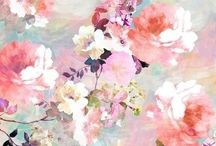 Lovely / by Bella Trancoso