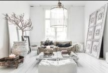 airy homes. / white and light wood for harmonious interiors