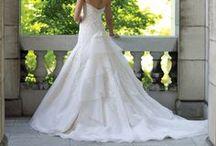 Wedding Dresses / by Alyssa Russell