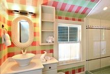 Bathrooms Key West Style / A collection of beautiful Key West bathrooms and other retro-bathrooms that inspire. From vintage, to retro, to marvelous modern, all of these bathrooms will want you to jump in the room for a soak or a shower.