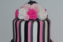 Decorating - Womens Birthday Cakes