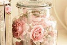 Flowers/dried flowers display