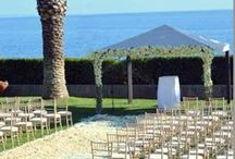 Real Wedding | Luxurious Summer Wedding in Cascais / A memorable and romantic wedding destination celebration by the sea. Julia and Tiago's Luxurious Destination Wedding in Portugal. #weddingdestinationinportugal #Casamentomarportugal #getmarriedportugal