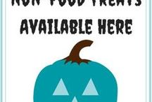 The Teal Pumpkin Project / The Teal Pumpkin Project raises awareness of food allergies and promoting inclusion of all trick-or-treaters throughout the Halloween season.