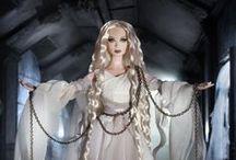 Barbie / Le Barbie che vorrei, quelle che non vorrei ma mi piacciono lo stesso e quelle che sono letteralmente irraggiungibili per le mie tasche.