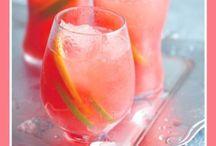 Drinks / by Ashley Hilla