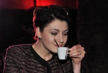 Kimbo Coffee Hour Lounge / Lead per Kimbo. Un temporary dinamico e stimolante nell'iconica Via Veneto nel cuore di Roma, dove il caffè è stato protagonista ad ogni ora del giorno.