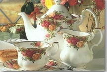 Royal Albert Bone China / Royal Albert vintage and current bone china.