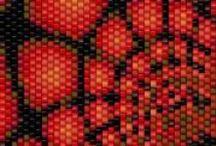 Vzory a šablony II. / šití a háčkování z korálků
