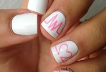 Nail art / by Marianne Lemay