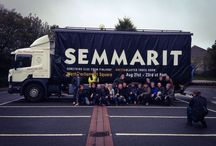 SEMMARIT / Semmarit is a group of Finnish men making a cross-artistic a cappella music based on rock and pop music. They only perform self-made songs. Semmarit has twice hit the Finnish Album Chart #1 position.