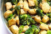 Chicken Recipes / Looking for the best chicken recipes? Take your pick from these delicious and easy chicken recipes!