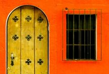 doors,  windows & arches / by Margareth de Ornellas