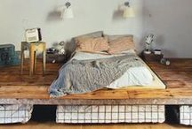 Refurbishing and more / Interior design with eco friendliness and frugality in mind.
