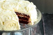 Gluten Free Cakes / Beautiful and elegant (and just plain fun) cakes! Mostly gluten-free recipes. You never have to feel deprived with these gluten free cake recipes!