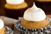 Gluten Free Cupcakes & Gluten Free Muffins / Sweet gluten free cupcakes and gluten free muffin recipes. Everything from classic breakfast muffins to elegant frosted cupcakes.