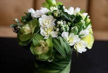 Blomsterdekor / Ideer til hvordan jeg kan dekorere med blomster, både hjemme og på bedehuset.