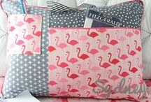 Free Pillow Sewing Patterns / Find pretty pillow & pillowcases sewing patterns that are free!