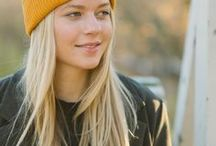 Cozy Spring Beanie Outfits / Cozy, casual Spring Outfits with a Beanie. Outdoor looks for Women, Men and KIDS with Organic Merino Wool Beanies that are always ethical and ecological. Read more on our website vai-ko.com!