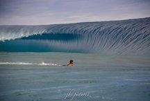JBS Pictures: EMPTY / Empty waves of Tahiti.