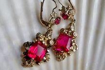 earrings / jewelery